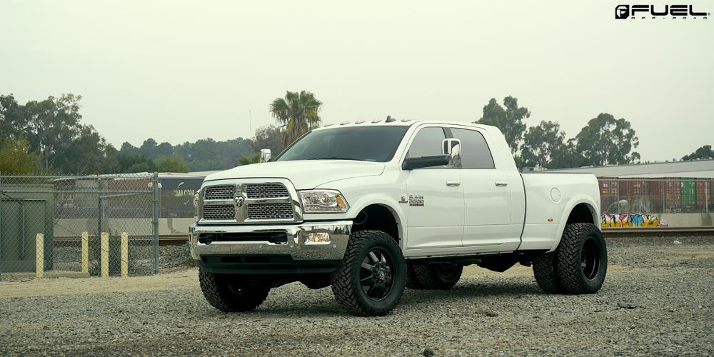 Dodge Ram 3500 Maverick Dually Front - D538