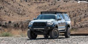 Nitro - D668 on Toyota Tacoma