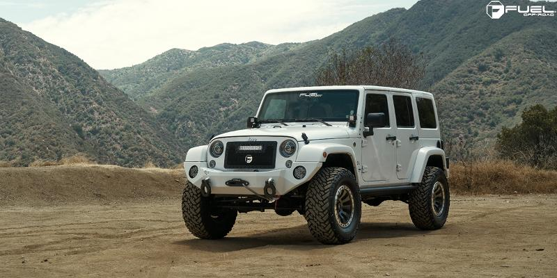 Jeep Wrangler Tactic - D629