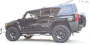 Hummer H3 with Fuel 1-Piece Wheels Assault - D546