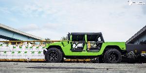 Hummer H1 with Fuel 1-Piece Wheels Maverick - D538