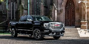 GMC Sierra with Fuel 1-Piece Wheels Rocker - D613