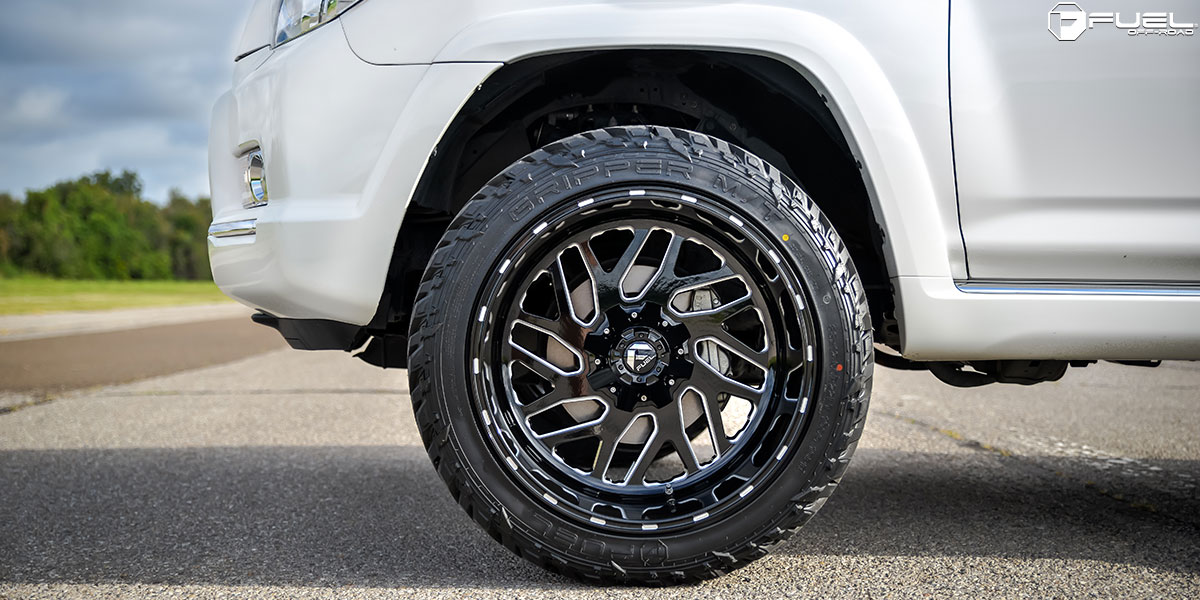 Toyota 4 Runner Triton - D581 Gallery - Fuel Off-Road Wheels
