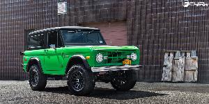 Ford Bronco with Fuel 1-Piece Wheels Vector - D579