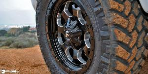 GMC Sierra 2500 HD with Fuel 1-Piece Wheels Savage - D563