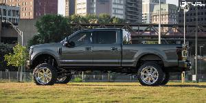 Ford F-250 Super Duty with Fuel Forged Wheels