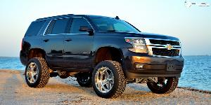 Chevrolet Tahoe with Fuel Forged Wheels FF71 - 5/6 Lug