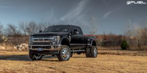 GRIPPER M/T on Ford F-350 Super Duty