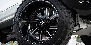 Chevrolet Silverado 2500 HD with Fuel Forged Wheels FF07