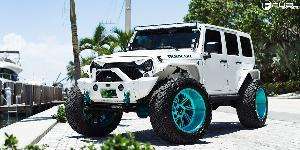 Jeep Wrangler with Fuel Forged Wheels FF41 - 5 Lug