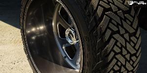 Chevrolet Silverado 2500 HD with Fuel Forged Wheels FF12