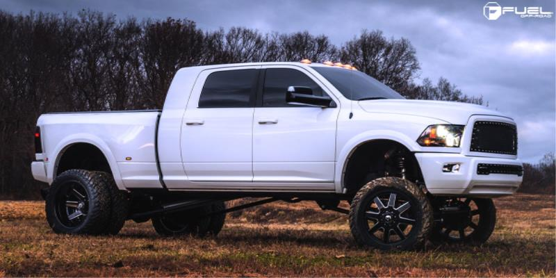 Dodge Ram 3500 Dual Rear Wheel Maverick Dually Front - D538