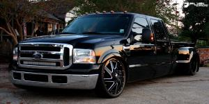 Ford F-350 Dually with Fuel Dually Wheels Renegade Dually Front - D265