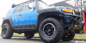 Anza - D557 on Toyota FJ Cruiser