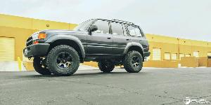 Toyota Land Cruiser with Fuel 1-Piece Wheels Beast - D564