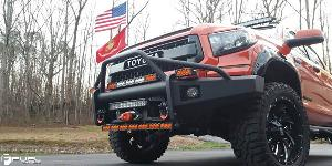 Toyota Tundra with Fuel 2-Piece Wheels Cleaver - D239
