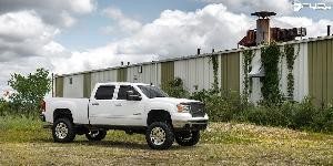 GMC Sierra 2500 HD with Fuel Forged Wheels FF31