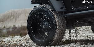 Jeep Wrangler with Fuel 1-Piece Wheels Krank - D517