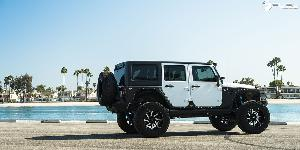 Jeep Wrangler with Fuel 2-Piece Wheels Moab - D242