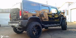 Hummer H2 with Fuel 2-Piece Wheels Renegade - D265