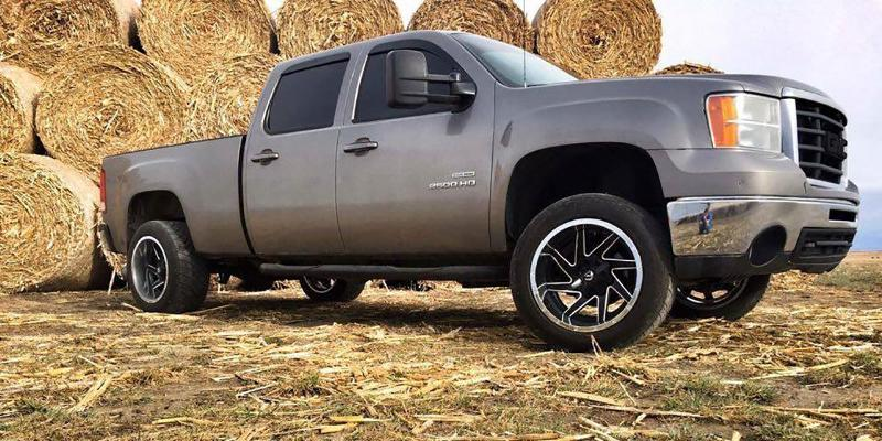 GMC Sierra 2500 with Fuel Deep Lip Wheels Renegade - D264