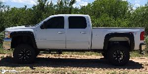 Chevrolet Silverado 2500 HD with Fuel Deep Lip Wheels Throttle - D513