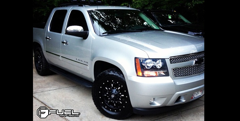 Chevrolet Avalanche with Fuel Deep Lip Wheels Krank - D517