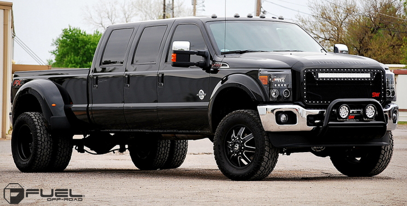 Ford F 350 With Fuel Dually Wheels Maverick Rear D538