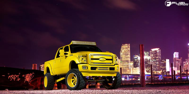 Ford F-250 Super Duty with Fuel Forged Wheels FF03
