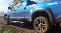 Toyota Tundra with Fuel 1-Piece Wheels Pump - D515