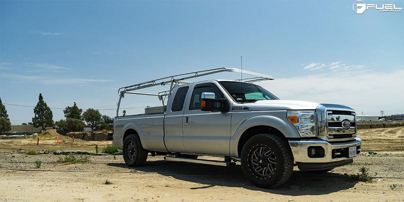 Ford F-250 Super Duty Triton - D581