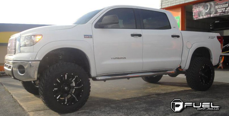 Toyota Tundra Nutz - D251 Gallery - Fuel Off-Road Wheels