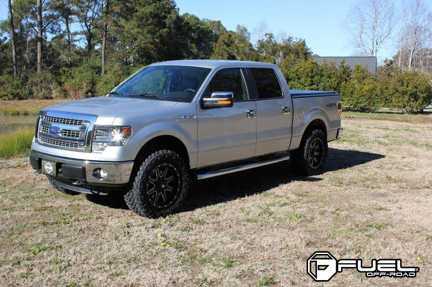 Ford F  With Fuel  Piece Wheels