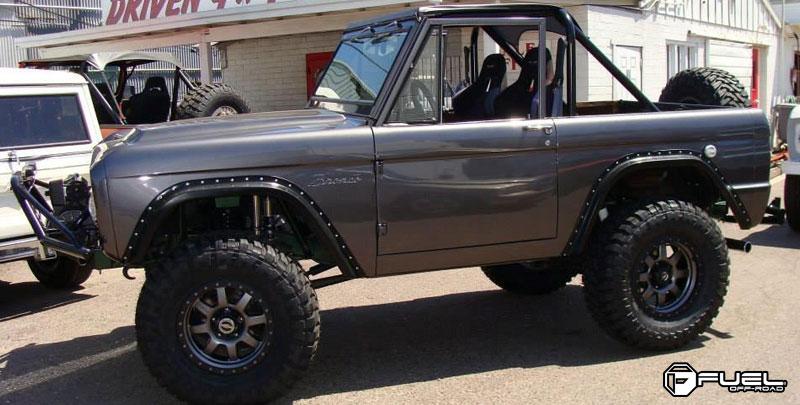 Ford Bronco Trophy - D552