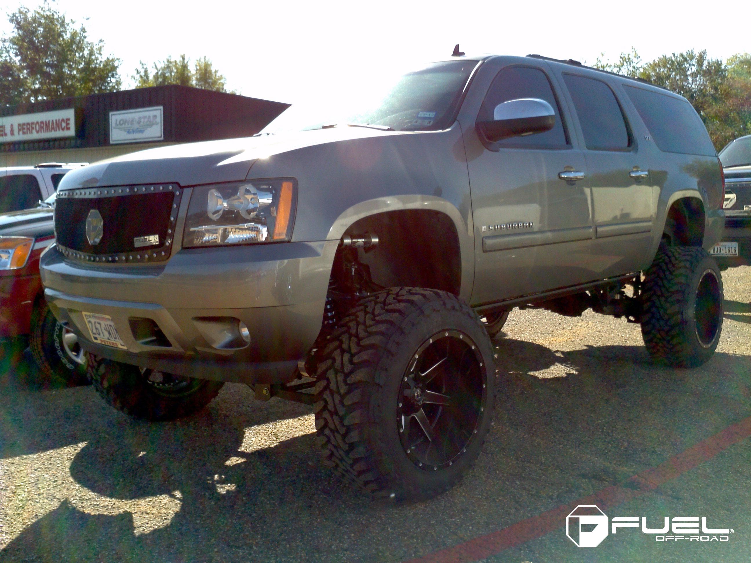 Chevrolet Suburban LTZ Maverick - D262 Gallery - Fuel Off-Road Wheels