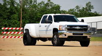 Throttle Dually Front - D213 on GMC Sierra 3500 HD Dual Rear Wheel