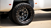 GMC Sierra 3500 HD Dual Rear Wheel with Fuel Dually Wheels Throttle Dually Front - D213