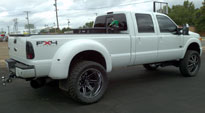 Maverick Dually - D262 on Ford F-350