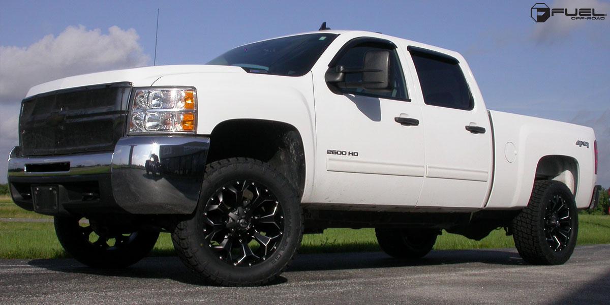 Chevrolet Silverado 2500 HD Assault - D546 Gallery - Fuel Off-Road Wheels