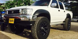 Toyota Hilux with Fuel 1-Piece Wheels
