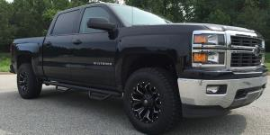 Chevrolet Silverado 1500 HD with Fuel 1-Piece Wheels Assault - D546