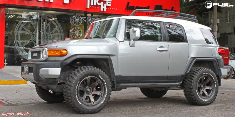 Toyota FJ Cruiser with Fuel 1-Piece Wheels Beast - D564