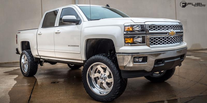 Chevrolet Silverado 1500 HD with Fuel Forged Wheels