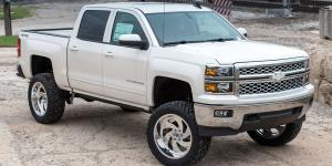 Chevrolet Silverado 1500 with Fuel Forged Wheels