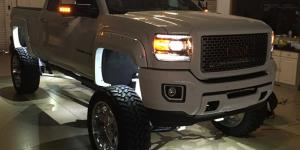 GMC Sierra 2500 with Fuel Forged Wheels