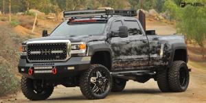 Chevrolet Silverado 3500 HD with Fuel Dually Wheels Full Blown Dually Front - D254
