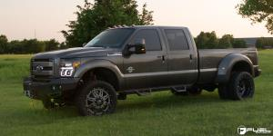 Ford F-350 Super Duty Dually with Fuel Dually Wheels Hostage II Dually Front - D232