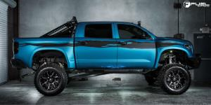 Toyota Tundra with Fuel 2-Piece Wheels Nutz - D251