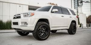 Toyota 4Runner with Fuel 1-Piece Wheels