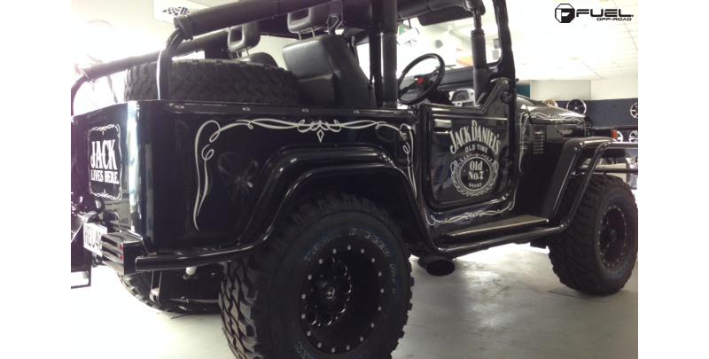 jeep wrangler revolver  gallery fuel  road wheels